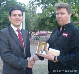 David Miliband accepts his N00b