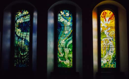 Dunblane Memorial Window by Shona McInnes